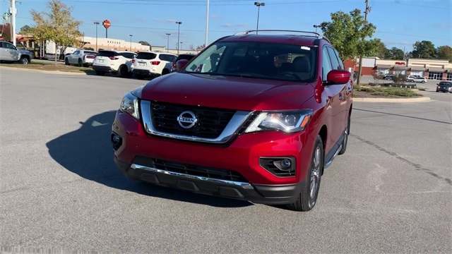 New 2020 Nissan Pathfinder SV